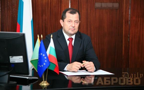 Депутатът от Габровска област Йордан Стойков