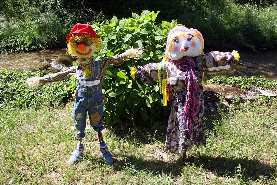 Детски конкурс за изработване на плашила - АЕК Етър