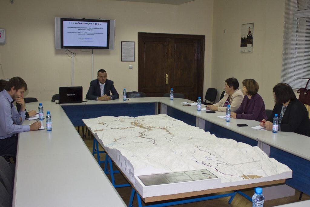 Заседание на областния съвет за тристранно сътрудничество © Областна администрация Габрово