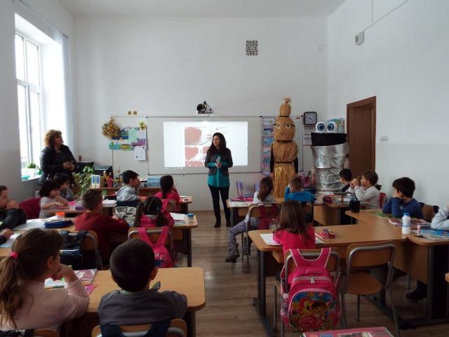 Смет.ка и Чистача в кампания за разделно събиране на отпадъците © Община Габрово