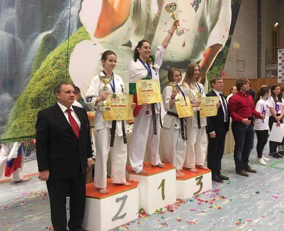 Валерия Лозанова стана европейски шампион по киокушин при девойките до 17 години © sport-gabrovo.com