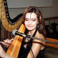 Арфистката от Софийската опера Деница Димитрова