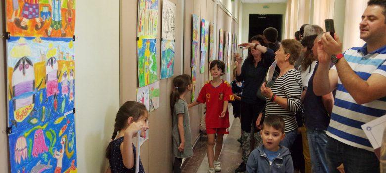 Изложба на възпитаниците на габровската художничка Елиза Ковачева – Цокова в НМО