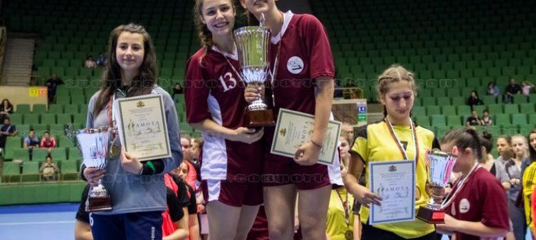 ПМГ е шампион на Ученическите игри по хандбал за 2017 г.