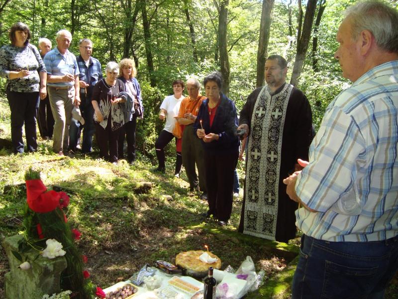 Панихида на гроба на Тотю Иванов © Община Габрово