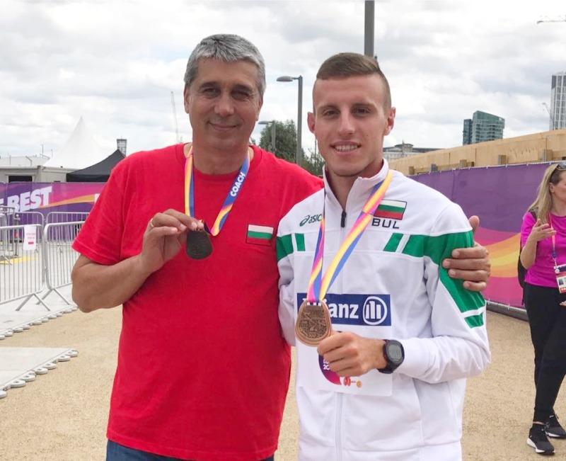 Медалистът Християн Стоянов в Лондон © sport-gabrovo.com