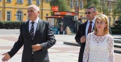 Министърът на вътрешните работи Валентин Радев и главният секретар, главен комисар Младен Маринов, на посещение в Габрово