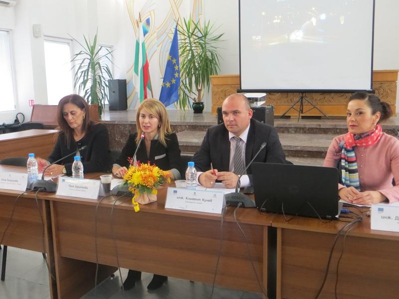 "Пресконференция по проект ""Развитие на устойчив градски транспорт на град Габрово"""