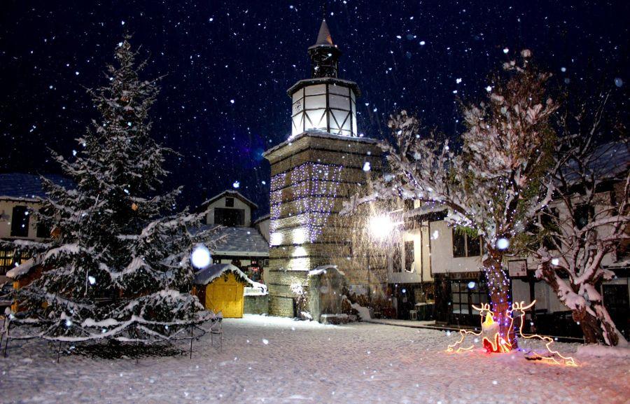 Коледна елха в Трявна