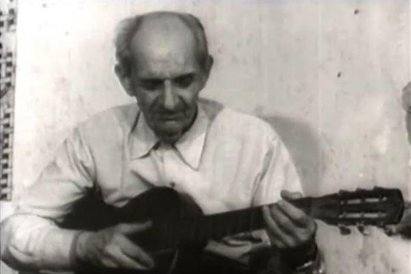 """Александър Керков, кадър от документалния филм """"Вечният музикант"""", реж. Оскар Кристанов, 1979"""