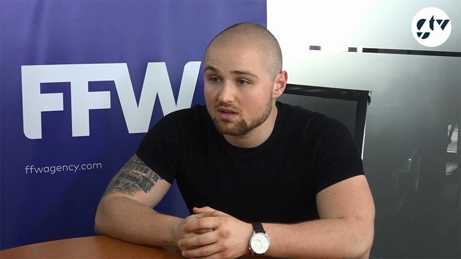 "Божидар Бошнаков, регионален мениджър на FFW Габрово. Кадър от ""Дестинация Успех"" на Gabrovo.net TV"