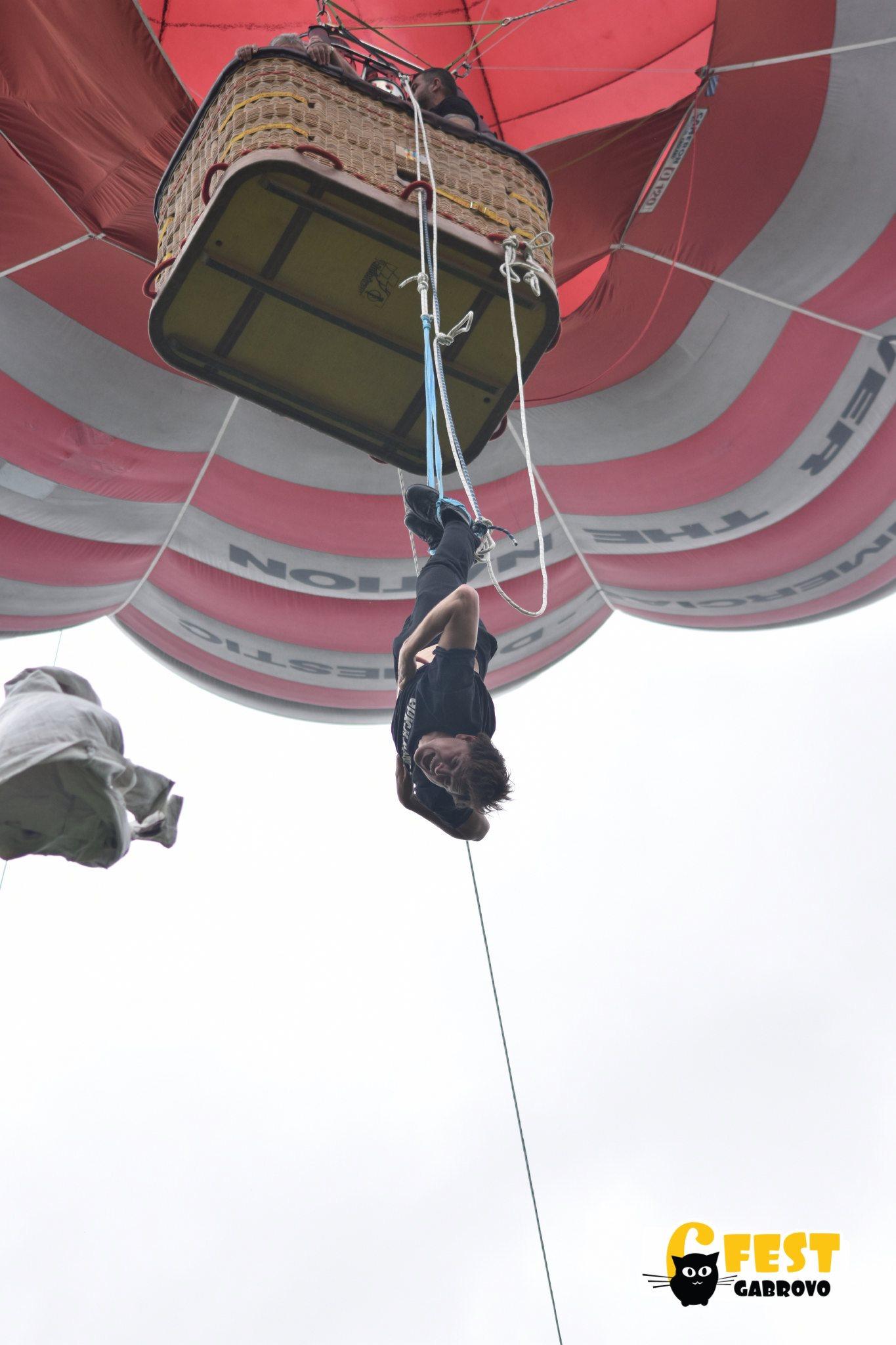 6Fest 2018, Каскада от летящ балон на Дани Белев, Куик Хендс Проджект © Илиан Велчев