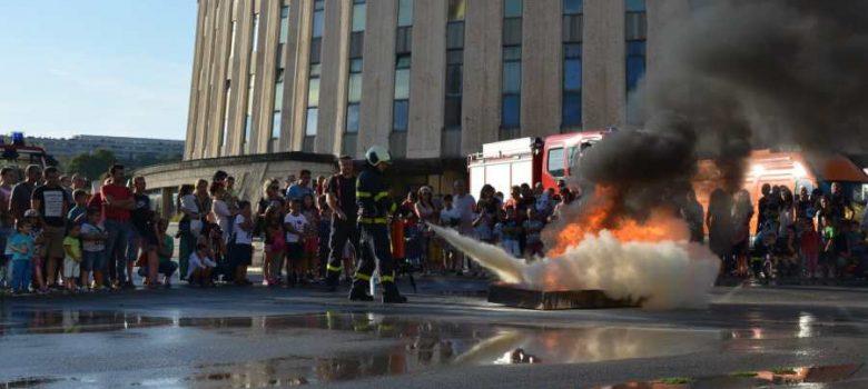 Изложение и демонстрация на противопожарна и спасителна техника, 14 септември 2018 © РДПБЗН – Габрово