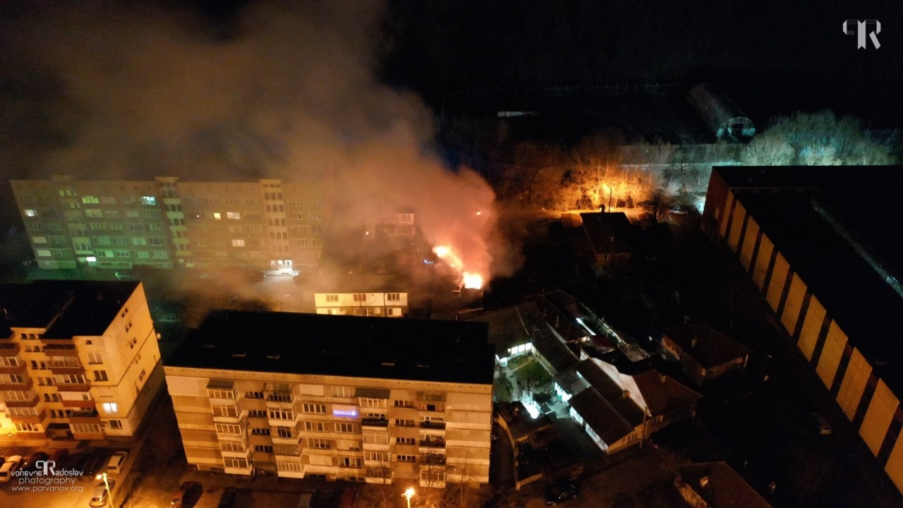 Пожар в кв. Бичкиня в Габрово, 4.02.2019 © Радослав Първанов