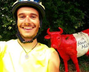 """Костадин Николов, инициатор на """"Карай колело, подари добро"""". Снимка: podaridobro.org"""